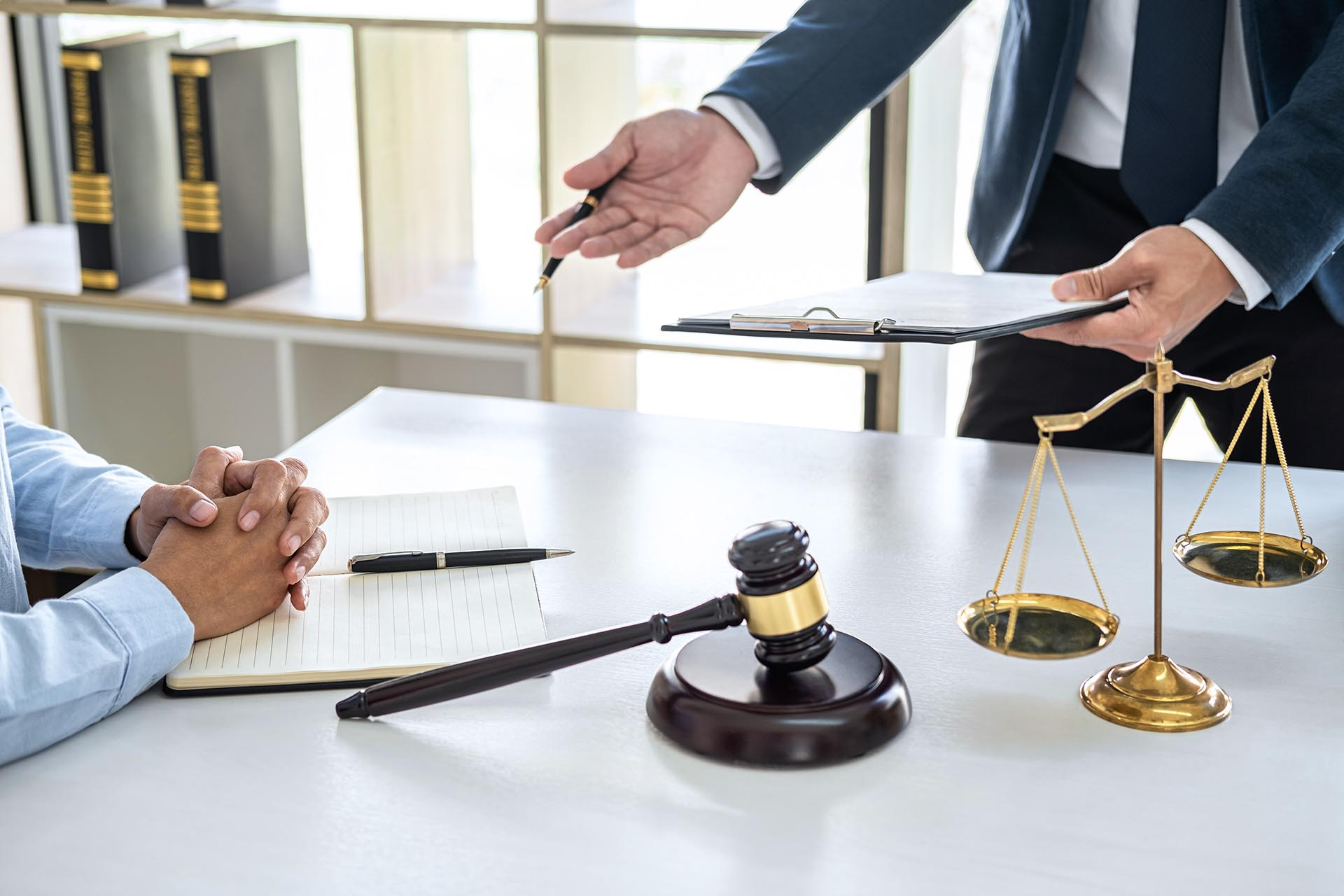 abogados derecho administrativo en malaga